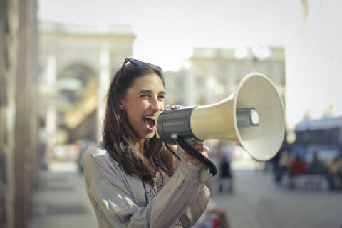 Spreken voor publiek - Interview met Anouhk Sterken van Zeg Het